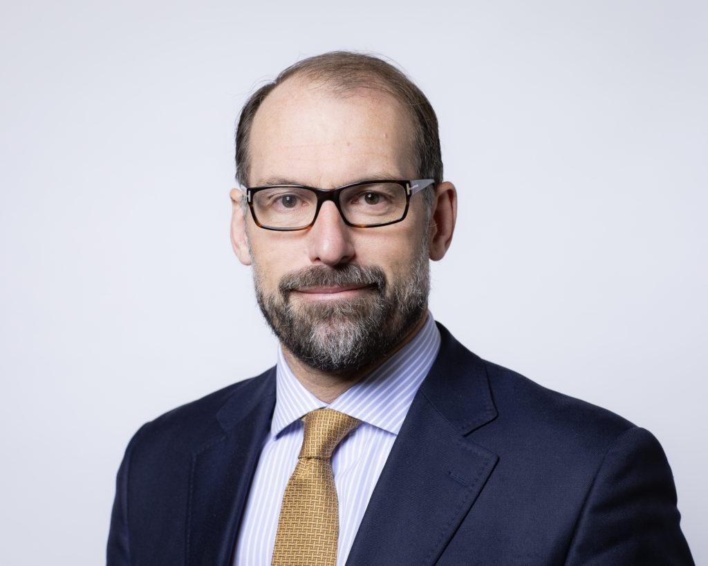 Dr. Bertrand Malmendier